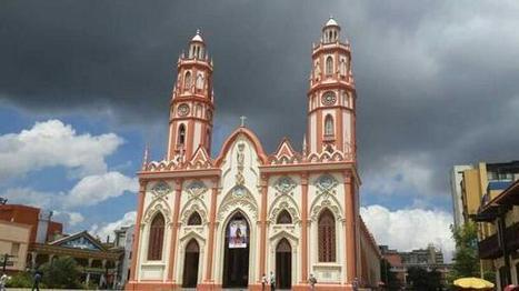 Nubarrones sobre la Iglesia de San Nicolás, Barranquilla -Twitter / Marisabelpolo:   Caribe Colombiano   Scoop.it