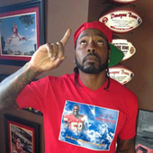 Dwayne Bowe Salutes Jovan Belcher By Wearing A T-Shirt With His Name Misspelled | 1920'sProjectBySHELDON | Scoop.it