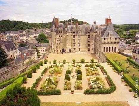 Sur les pas de François Ier, le château de Langeais, par Voyages-sncf.com | chateaux de la Loire | Scoop.it