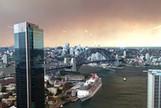 Smoke Shrouds Sydney Skyline as Bushfires Burn Across State - Bloomberg   Sydney Moving Guide   Scoop.it
