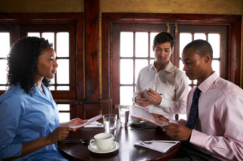 Why Black People Don't Tip: Just Another Stereotype Or Ugly Truth? | The inside Scoop | Scoop.it