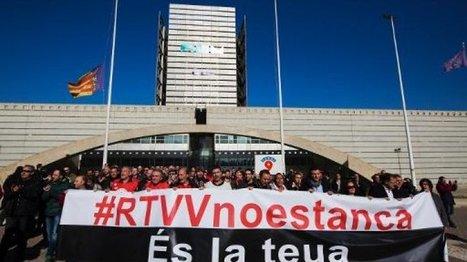 Espagne: dans les cris et les larmes, écran noir à la télévision de Valence   DocPresseESJ   Scoop.it