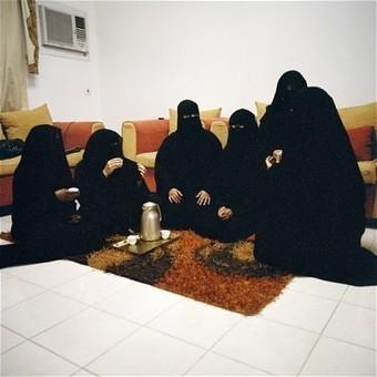 Miradas Cómplices: Diario visual de mujeres árabes | Reflejos | Scoop.it