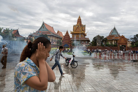Protest Turns Into Clash With Police in Cambodia | IB Global Politics | Scoop.it