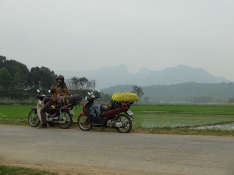 Road-trip en scooter : Bécane et Petrolette from Hanoi to Laos | Balade, voyage et évasion à moto | Scoop.it