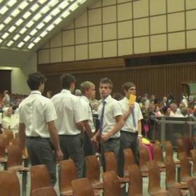 Foto: gli attori Bel Ami in Vaticano per il film scandalo   QUEERWORLD!   Scoop.it