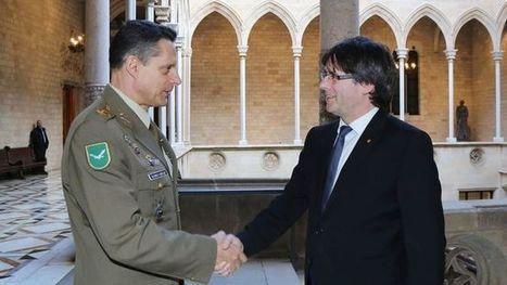 Reunió protocol·lària entre Puigdemont i l'inspector general de l'exèrcit espanyol | Protocorol·lari | Scoop.it