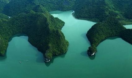Photo contest marks 20th anniversary of UNESCO recognition of Vietnam's Ha ... - Tuoitrenews   ha   Scoop.it