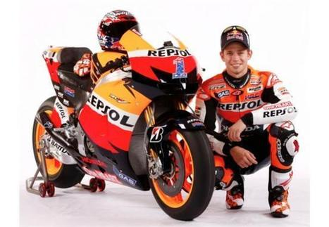 Stoner and Honda RC213V with #1 | MotoGP World | Scoop.it