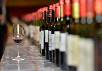Le commerce mondial de vin bondit à près de 30 milliards d'euros en 2015 | Le Vin et + encore | Scoop.it