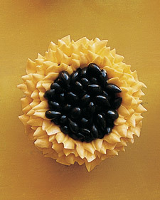 Piped Buttercream Sunflower - Martha Stewart Food | new baking ideas | Scoop.it