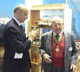 Ampélographie : Pierre Galet reçoit la médaille du Mérite Agricole - Vitisphere.com | Le vin quotidien | Scoop.it