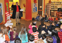 Library enjoys successful Seuss read-a-thon | Tennessee Libraries | Scoop.it