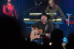 Low-price strategy paying off in volume for Garth Brooks - Triad Business Journal | Design | Scoop.it