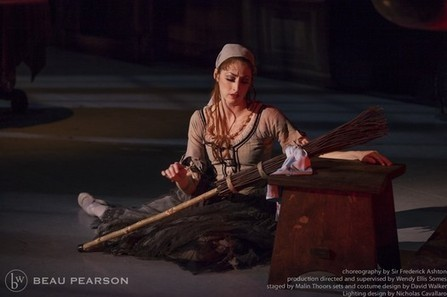 Why 'Cinderella' is a struggle on 'Breaking Pointe' | Blog of the Dance | Scoop.it
