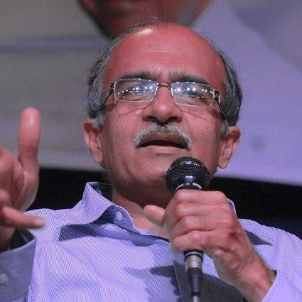 AAP divided over Prashant Bhushan's Kashmir referendum talk | Aam Admi Party | Scoop.it