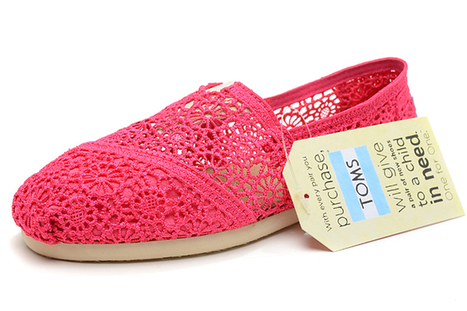 Women's Toms Fuchsia Crochet Classics Shoes | my want collection | Scoop.it