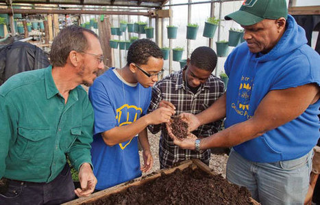 Urban and Small Farm Conference - Sustainable Farming - MOTHER EARTH NEWS | Vertical Farm - Food Factory | Scoop.it