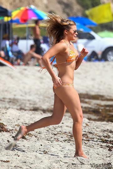 LeeAnn Rimes sexy bikini candids at Los Angeles beach   VipsMag   Sexy Pics   Scoop.it