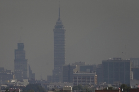 "Why Mexico City's bad air can't be ignored — or easily fixed (""cosmetic fixes no longer effective"") 