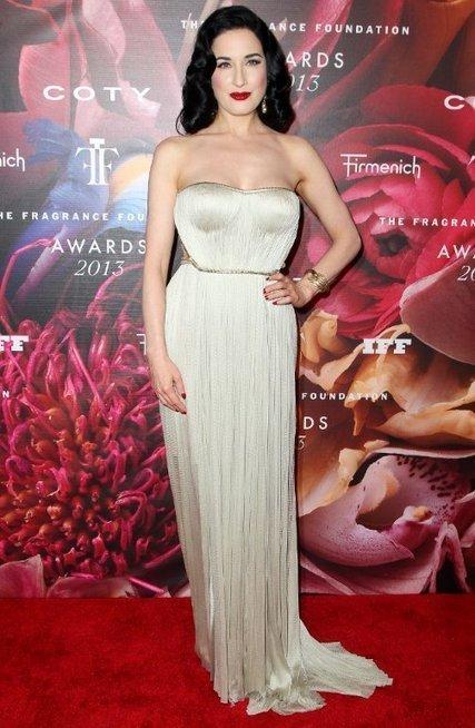 Dita Von Teese in Maria Lucia Hohan Gown | Celebrity Fashion News | Scoop.it