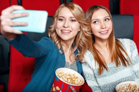 Phone-friendly movie theaters for millennials are coming | Digital Natives | Scoop.it