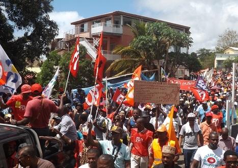 Grève générale unitaire reconductible lundi 09 novembre à Mayotte.   Une méthode, un outil pour changer le monde.   Scoop.it