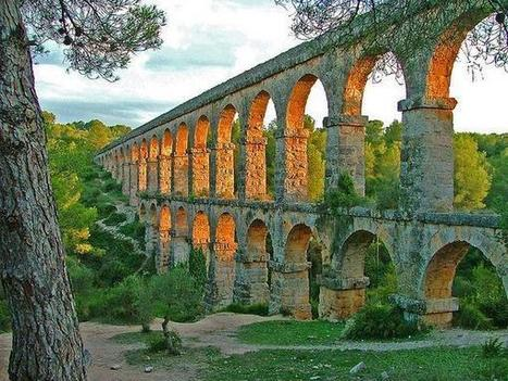EuropeanCivilisation on Twitter: Aqueduct de les Ferreres, Tarragona, Spain - 250m long, 30m high and constructed during the reign of Augustus http://t.co/dWQP5hPlbK | Augustus - Princeps, Rome and the Roman Empire | Scoop.it