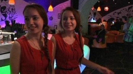 Twin Stars - The Russian Restaurant That Only Hires Identical Twins as Staff | Strange days indeed... | Scoop.it