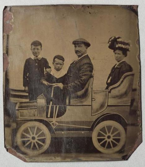 On getting in touch about family photographs | Te Papa | Kiosque du monde : Océanie | Scoop.it