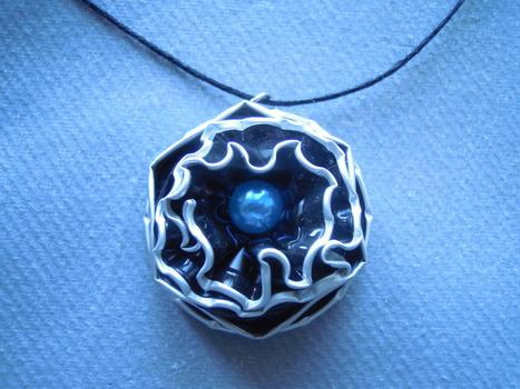 collier-collier-fantaisie-capsules-de-cafe-14313423-dscn9727-7124a-110c0_big.jpg (1919x1440 pixels) | bij - box ( bijoux à partir de capsules nespresso) | Scoop.it