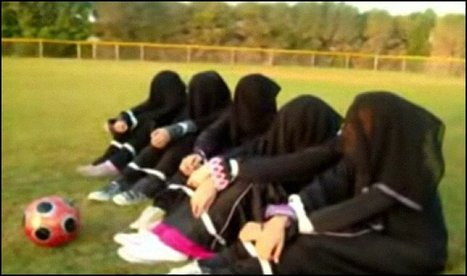Saudi women campaign for recognition of right to play soccer | Women of The Revolution | Scoop.it