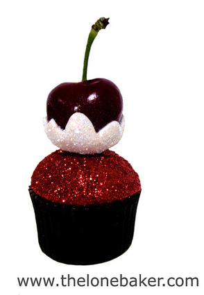Snow Cherry Mini Cupcake | cupcakessssssss!!! | Scoop.it