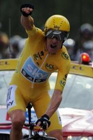 Bradley Wiggins knighted by the Queen for services to cycling | Cycling | Scoop.it