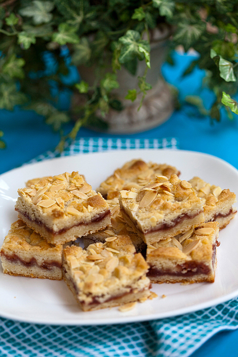 Italian Food Forever » Buttery Almond Jam Bars | Made in Italy Flavors - Italian Recipes | Scoop.it