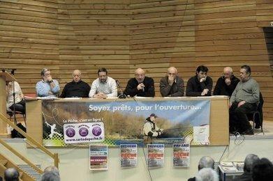 Les pêcheurs réunis avant la grand-messe | Agriculture en Dordogne | Scoop.it