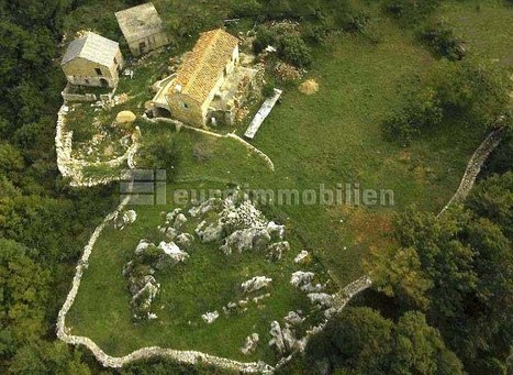 Krk Nepremičnine | Prodaja področje 3000 m2 na mirni lokaciji z dvema kamnitimi hišami | Nepremičnine Hrvaška | Scoop.it
