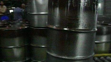 Sharp fall in crude oil prices - BBC News | Markets and market failure | Scoop.it