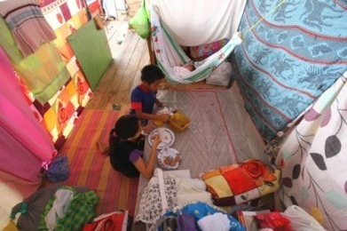 Philippines storm survivors in 'critical' need of shelter - Red Cross - AlertNet | Children of the Mekong | Scoop.it