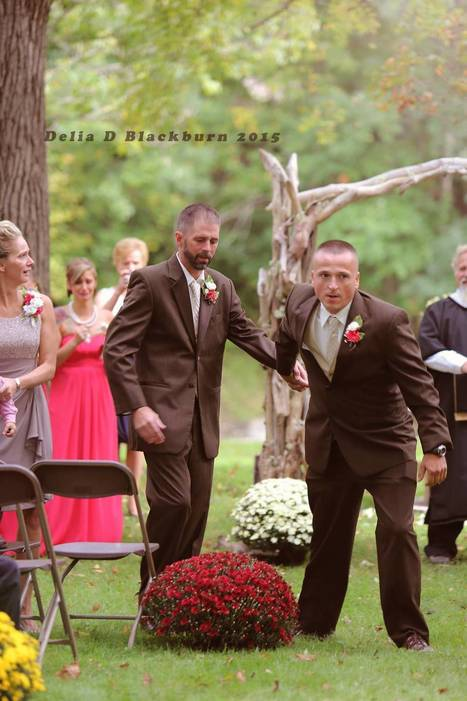 Father of Bride Stops the Wedding to Bring Stepdad up Front | This Gives Me Hope | Scoop.it