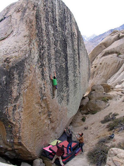 Alex Honnold, Bishop: 34 pads but still f***ing scary ! | world CLIMBERS party @ novebi.ning.com | Scoop.it