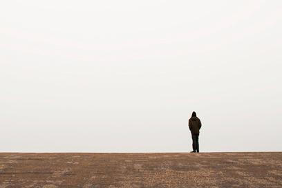 Quelle relation existe-t-il entre le trouble bipolaire et la phobie sociale ? | Trouble Bipolaire | Scoop.it