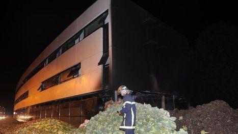 Des producteurs de légumes en colère incendient le centre des impôts de Morlaix | SAUVER LA FRANCE | Scoop.it