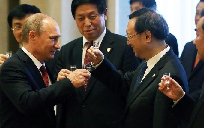 The Russian-Chinese geopolitical game - Al Jazeera America | real utopias | Scoop.it