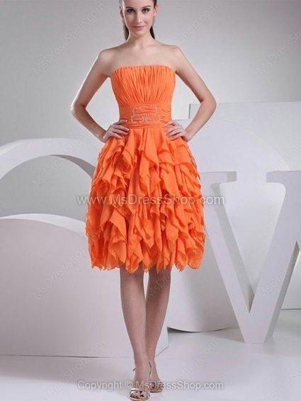A-line Strapless Chiffon Knee-length Tiered Homecoming Dresses | Cocktail dresses online | Scoop.it