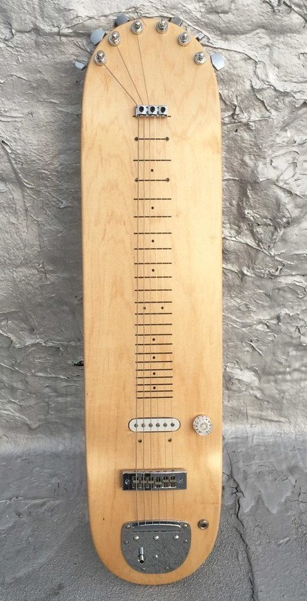 Amazing Laptop Steel Guitar Made from Skateboard Deck | Bazaar | Scoop.it