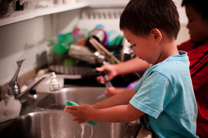 """Three guidelines for engaging preschoolers in chores (or, """"Work is play"""")Kidaptive   Kidaptive   Earlier Children education   Scoop.it"""