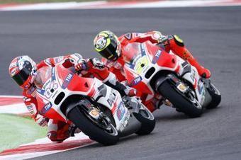Andrea Iannone dislocates left shoulder   Ductalk Ducati News   Scoop.it