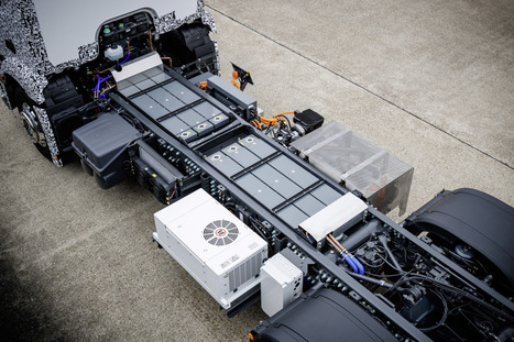 Mercedes-Benz shows off the first fully electric heavy urban transporttruck | Heron | Scoop.it