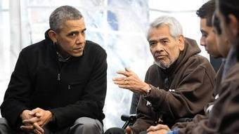Obamas visit immigration hunger strikers | DidYouCheckFirst | Scoop.it